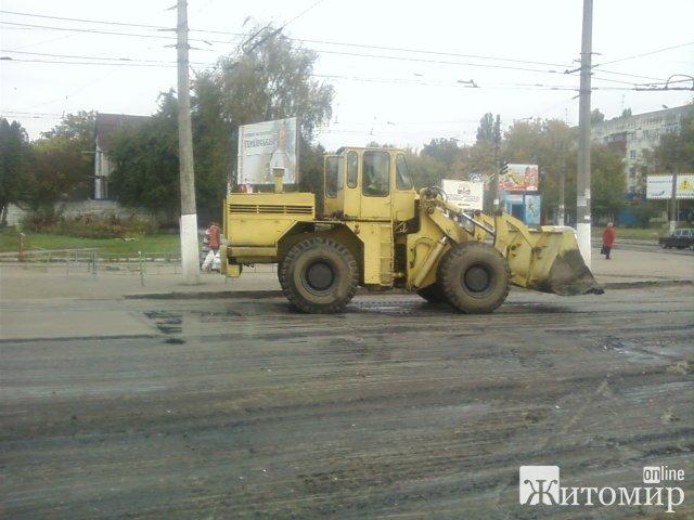 «Латання» доріг по-житомирськи. ФОТО