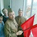 Міліція штурмувала квартиру активістів, які розгорнули червоні прапори над маршем УПА у Києві