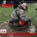 Бабуся загиблого у львівській каналізації хлопчика жива