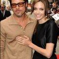 Стали відомі деякі деталі щойно підписаного шлюбного контракту Аджеліни Джолі і Бреда Пітта