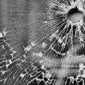 Поки в класі йшли батьківські збори, п'яні молодики з пістолета стріляли по вікнам