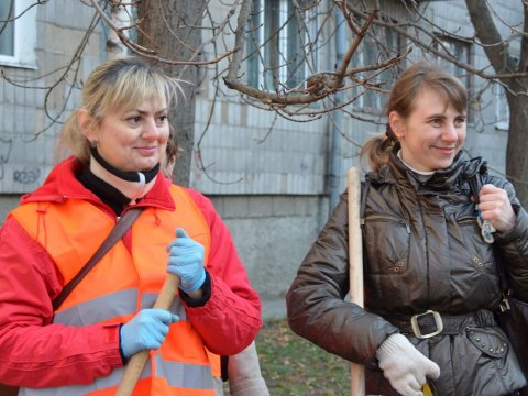 Понад 200 житомирян вийшли на загальноміське прибирання у перший день суботника.ФОТО