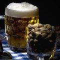 Подростки украли из ларька пиво и орешки за пять тысяч