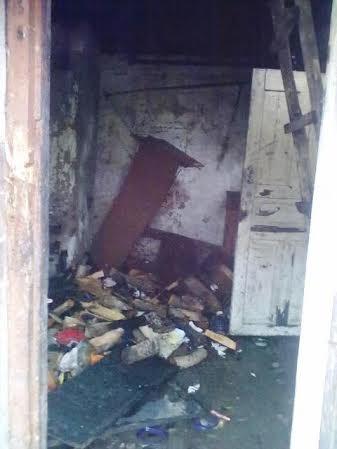 Через безхатченків в Баранівці згоріла хата. ФОТО
