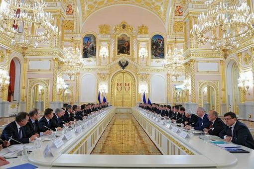 Пять наивных вопросов о газовых договоренностях с Россией. ФОТО