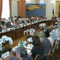 6 членів Конституційної асамблеї демонстративно пішли від Януковича