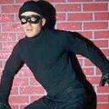 У Харкові грабіжники намагалися обчистити магазин, пробивши дірку в стіні