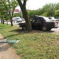 В Житомирской области ВАЗ врезался в дерево на отрезке дороги Киев-Ковель