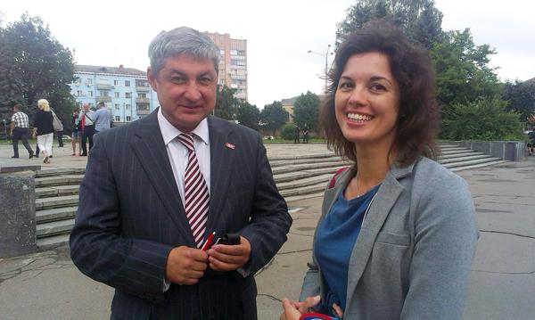 На представлення нового голови ОДА приїхав нардеп від УДАРу Рустам Раупов