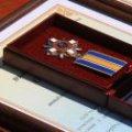 Президент нагородив загиблих та поранених житомирських військових