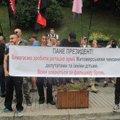 Біля Кабміну та АП України протестували проти нового губернатора Житомирщини та проти непрозорих призначень. Фото