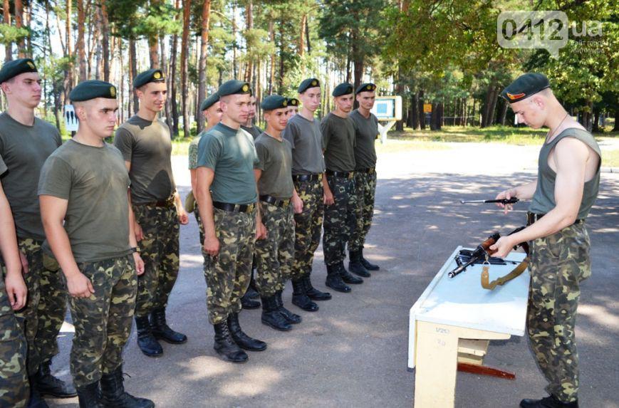 «Корольовці» в навчальному центрі проходять первинну військово-професійну підготовку