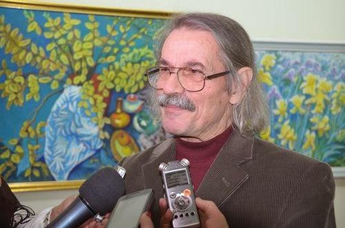 90-летний художник Николай Максименко открыл в Житомире персональную выставку. ФОТО