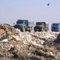 У Баранівці люди потестують проти сміттєпереробної фірми «Еко Нова», яка забруднює річки та повітря