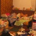 У селі Житомирського району грабіжники з ножем напали на сім'ю з дитиною