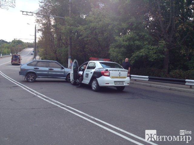 На Чуднівському мосту у Житомирі - знову аварія
