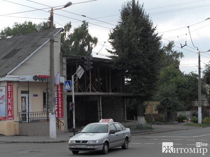 У Житомирі на перехресті Щорса-Домбровського не працює світлофор