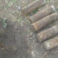 У Романівському районі селянин виявив у землі 27 артснарядів