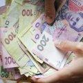 Скандал у Житомирі: Головний лікар виписав премію... власній дружині