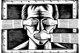 Скандал у Житомирі: поліція намагається заборонити продаж газети «Субота»