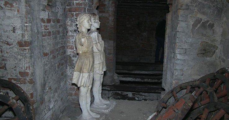 У житомирському парку знайшли ще один підвал колишнього маєтку барона де Шодуара