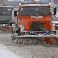 На Житомирщині за ніч випало 15 см снігу, який розчищає 160 одиниць техніки
