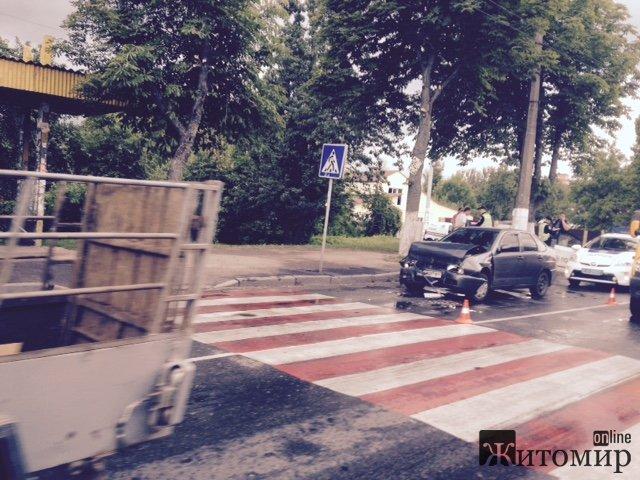 У Житомирі на Покровській трапилася ДТП