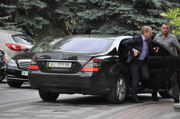 У нардепа Пашинського із Житомирської області найдорожчий автопарк у Верховній Раді