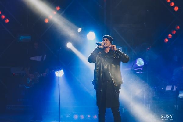 На концерті у Житомирі LOBODA зібрала своїх родичів і побажала всім шанувальникам доброго ангела-охоронця