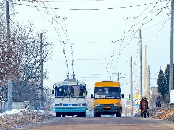 Інтервал руху на тролейбусному маршруті №7 становить приблизно 10-15 хвилин. ФОТО