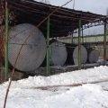 На закинутому підприємстві в Житомирській області «накрили» нелегальну заправку та вилучили пального на 1 млн грн