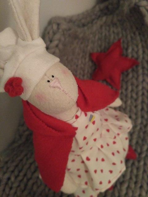 Житомирянка шьет уникальные зайцы с сердцами внутри. ФОТО