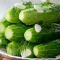 5 швидких і простих способів приготувати малосольні огірки