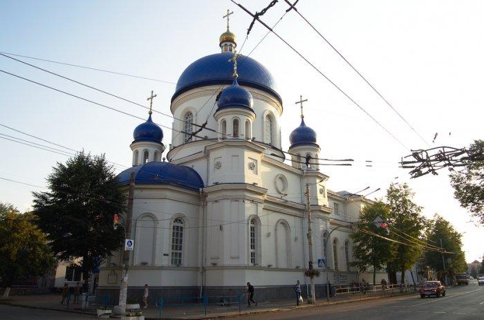 Цинізм та підлість – отця Богдана хочуть усунути від Михайлівського собору