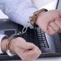 З робочого кабінету житомирянина викрали ноутбук та гроші