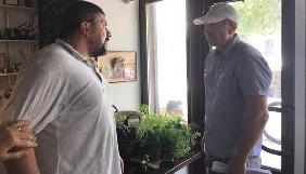 Журналіст з Житомира заявляє про напад, який начебто підтримувала колишня журналістка-депутатка облр ...