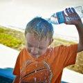 Житомирські лікарі розробили рекомендації, які допоможуть пережити спекотний серпень