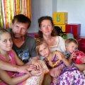 Суд повернув родині рідновірів з передмістя Житомира трьох дітей, яких місяць утримували в притулку