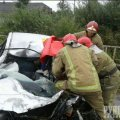 Жахлива ДТП на Житомирщині: Рятувальники деблокували двох загиблих з понівеченого автомобіля. ФОТО