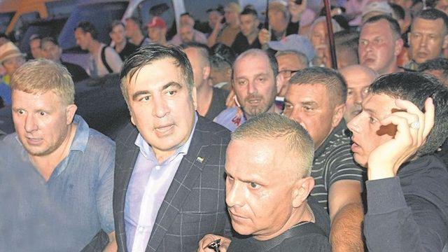 """Порошенко позавидует Януковичу"": раздавит ли Банковая Саакашвили"