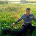 У Чуднівському районі поліція затримала молодиків, які несли селом пакети із 16 кг коноплі
