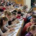 До 70% випускників Житомирщини поїхали на навчання в інші області