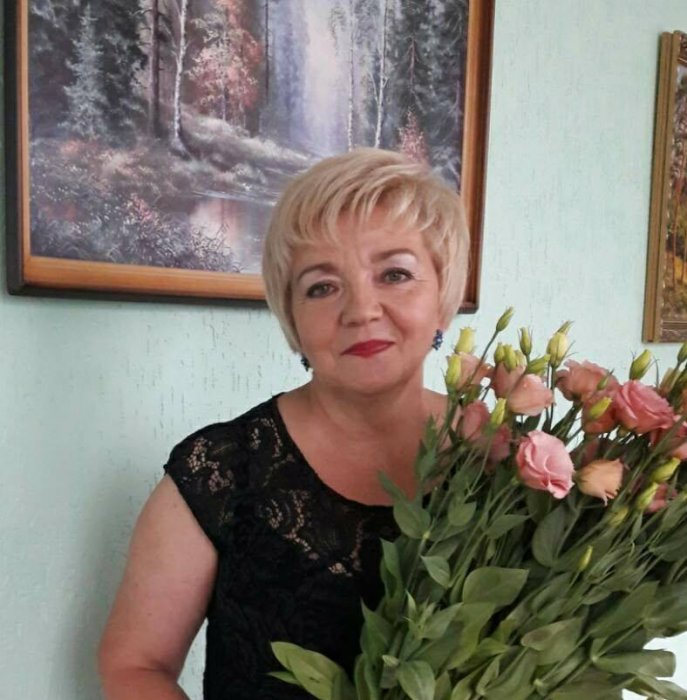 Могилу чоловіка екс-директорки Денишівської школи підпалили через помсту?