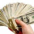 Україну заполонили фальшиві долари: що повинен знати кожен