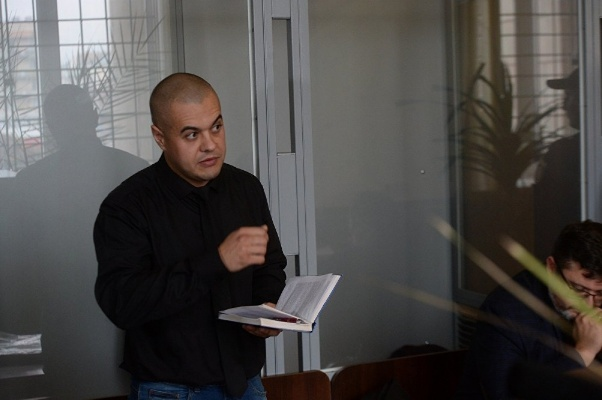"""Адвокат обвиняемого СБУ в госизмене журналиста Муравицкого Андрей Гожый: """"Если завтра режим Порошенко рухнет, то послезавтра мой клиент выйдет"""""""