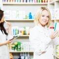 Украинцам почти силой навязывают дорогие лекарства