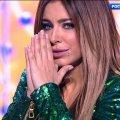 """Скандальна Ані Лорак вперше з'явилася на українській сцені: її """"протягнули"""" як спеціального гостя"""