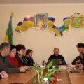 На Житомирщині проти горе-матері, яка залишила дітей у холодній хаті і без їжі, порушили кримінальну справу