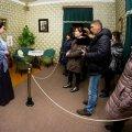 У Житомирі працівники музею космонавтики проводять екскурсії у стилізованому вбранні.ФОТО