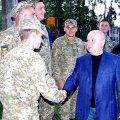 Віктор Развадовський передав у зону АТО захисникам України бензопили